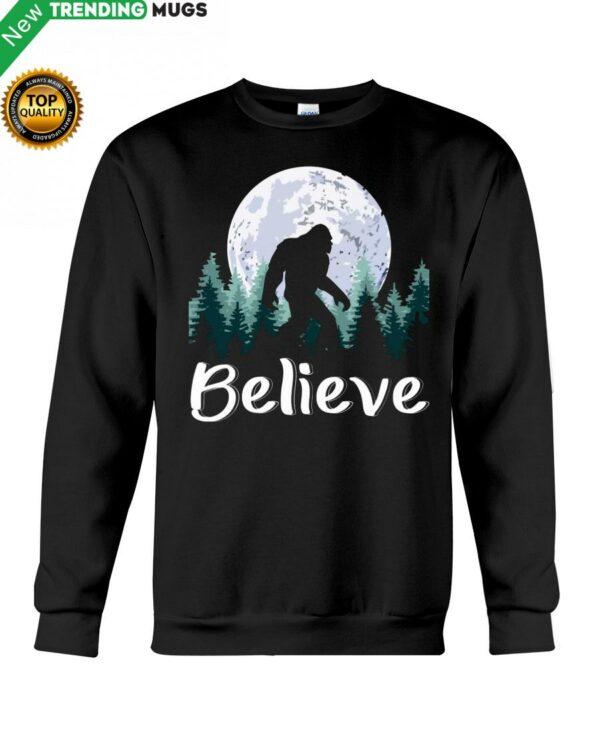 Believe bigfoot Hooded Sweatshirt Apparel